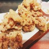 人気の『ヒネ鶏の唐揚げ』『ヒネ鶏の甘辛煮』