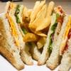 【サクサクすぎる食レポ】デニーズのアメリカンクラブハウスサンドを採点してみた!