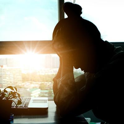 会社に行きたくない…職場の人間関係に悩んだときのストレスマネジメント
