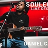Daniel CaeserのSoulection RadioでのTシャツを調べる