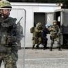 駆けつけ警護訓練、武器使用場面なし 「世論配慮か」