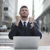 【起業初心者向け】カンタンに実績を作る卑怯すぎる裏技テクニックを公開!