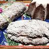 シュトーレンとバンドーロ:クリスマスのパン2種