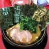 西神奈川の「家系ラーメン とらきち家」でラーメン&のり