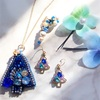 ビーズ刺繍クリスマスのアクセサリー クリスマスツリー スワロフスキークリスタル ブルークリスマス 作り方【ハンドメイド】