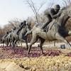 """""""ソウルの森""""に行ってみて 1 / 公園とアートの関わり方 / 競馬の躍動感と彫刻の森に点在する作品群 前編"""