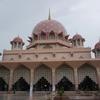 女子に人気!マレーシアのピンクモスクに萌える