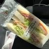 10/31朝食・日産キューブ 車中