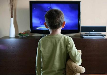 テレビを見るのをやめて1年が経ったメリットとデメリットについて