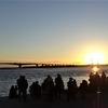 浜ちゃん日記  浜名湖・弁天島の赤鳥居に沈む夕日