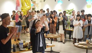 世界一の社員食堂を目指す『SmartKitchen』 4周年記念パーティーに従業員大集合!