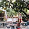小洒落た中庭のある優雅な雰囲気のベーカリー【パンパニケルベーカリー】