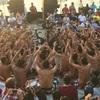 社員旅行でバリ島 ウルワツ寺院のケチャ・ダンスを観賞…  バリ島に行ったら一度は訪れたい人気スポットです。