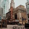アメリカ英語を話すエディ・レッドメインに…😍Netflix『シカゴ7裁判』