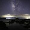 【天体撮影記 第164夜】 鹿児島県 高須海水浴場の鳥居と夏の天の川