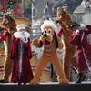 ディズニーシー:イッツ・クリスマスタイム!トナカイさんと一緒にプルートが登場!