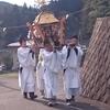 小さな村のお祭りだけど、御神輿、巫女舞これからも引き継がれていきます。