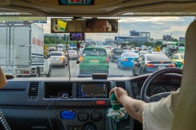 【タイ旅行記#3】空港からホテルまで...バンコク名物の大渋滞に巻き込まれてヘトヘト。
