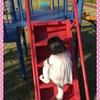 ☆ 公園の滑り台の階段を自分で登る 《1歳5ヶ月》