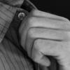 カラーキーパーおすすめ5選|意外と知らないワイシャツ襟裏にあるプラスチックの重要性