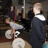 バイオバンディングとS&C(小児期には、筋力やスピードやパワーの増大は神経筋システムの適応を促進する活動を通して最も良く達成され、思春期後の青少年は、筋線維の肥大と筋の横断面積の増加を通じて、強く、速く、パワーを増大させる)