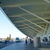 サンティアゴ・カラトラバのビルバオ空港をウロウロする