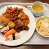 フィンランドあるある:エスニックブッフェにお寿司が並んでる件