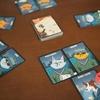 スパイ猫はどいつだ?推理カードゲーム「チェックポイントチャーリーの捜査犬(Checkpoint Charlie)」