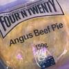 「FOUR'N TWENTY Angus Beef Pie」の巻