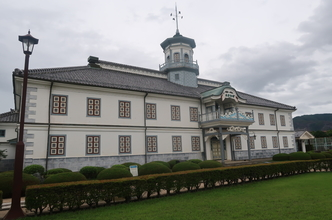 【松本】旧開智学校見学・信州そば・プレミアホテルCABIN松本宿泊。特急列車日本縦断7