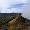 外輪山をぐるっと周回・裾野に広がる黄金色のカラマツ @黒斑山・蛇骨岳・仙人岳