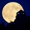 今年の満月は残すところ:「Beaver Moon」、「Cold Moon」だけ   (RTE-News, Oct. 30, 2020)