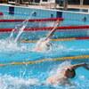 中級背泳ぎとスイムトレーニング