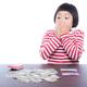 【年収別:年間貯金額の目安】貯金してるつもりになってませんか?