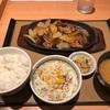 やよい軒『鉄板牛バラ焼き定食』何が良いってやっぱりタレが美味いんだよね!!ラストはもちろん丼飯ナイト!!
