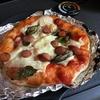 薪ストーブでなんと朝からピザ