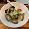 【今週のラーメン4576】 麺処 源玄 (東京・阿佐ヶ谷) [限定]ムール貝の塩SOBA + たきこみごはん 〜和洋折衷の貝出汁の深さ!肉厚さ!貝好きなら一度は食いたいムール貝そば!