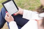 防水対応「Kindle Paperwhite」が便利すぎる。薄くて軽量、紙の本よりも読みやすい!?
