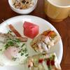 朝ご飯:おばあちゃん作:バジルソースでピザ風バケット