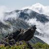 トンビ岩と別山