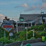 「スカイライン ロトルア(Skiline Rotorua)」~ ファビラス ロトベガス「Welcome Fabulous ROTOVEGAS」 湖 市街が一望!!