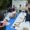 創英大学文化祭で大きなクジラの絵を描く