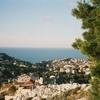 マルセイユのボンパール地区と地中海