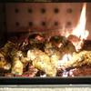 薪ストーブで大量のお肉を超美味しく焼く神髄「炙り焼き」