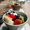 ●緑区「アンティークカフェ百福」のクリームあんみつ