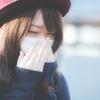 【花粉症対策】マスクのひもで耳が痛人必見!「くびにかけるくん」