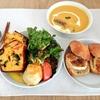 憧れのおしゃれカフェへドキドキの初訪問!恵比寿のフィルトピエールで季節のかぼちゃポタージュ+ハムとチーズのチャバタのお食事セットでランチを。ケークサレも追加しました!