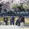 進む日本の「貧困化」にどう向き合うべきか?