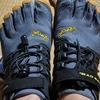 ファイブフィンガーズの靴紐を結ばない紐にカスタマイズ