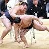 鶴竜、豪栄道を下し3度目の優勝…九州場所